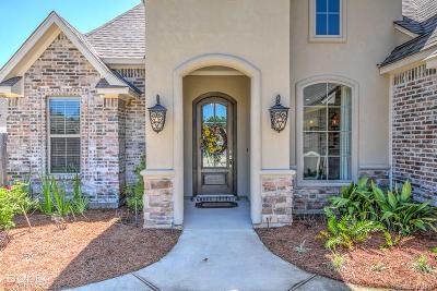 Haughton Single Family Home For Sale: 303 Oscar Circle