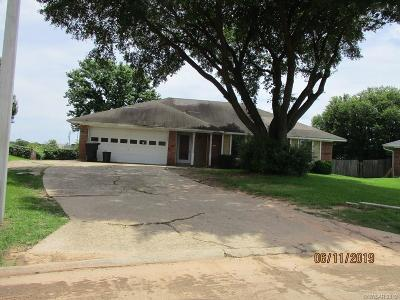 Bossier City LA Single Family Home For Sale: $110,200