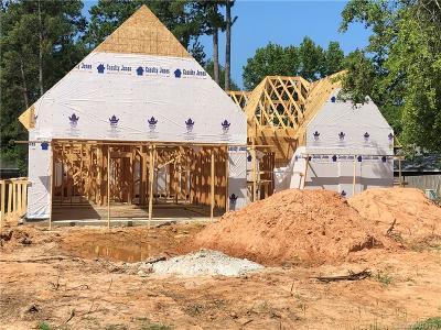 New Castle Single Family Home For Sale: 5621 Stone Ridge Drive