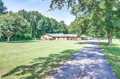 Haughton Single Family Home For Sale: 2476 Bellevue Road