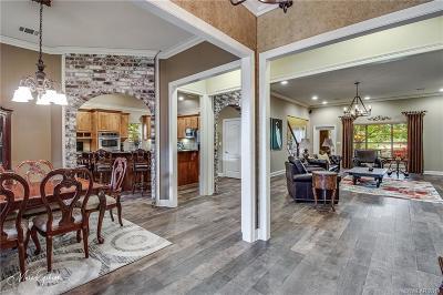 Benton Single Family Home For Sale: 1957 Leeward Cove