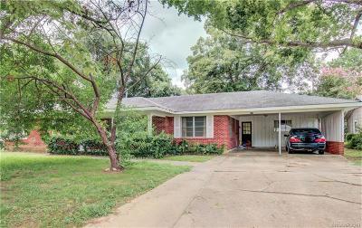 Broadmoor Terrace Single Family Home For Sale: 141 Lynn Avenue