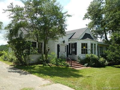 Mansfield Single Family Home For Sale: 421 Oak Street