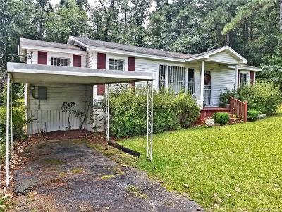 Gibsland LA Single Family Home For Sale: $60,000