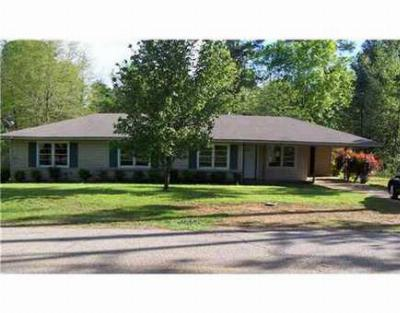 Single Family Home Sale Pending: 803 East College
