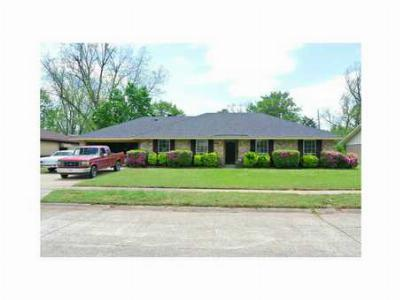 Single Family Home Sold: 1306 Parkway