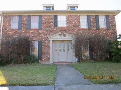 Single Family Home For Sale: 49 Yellowstone Drive