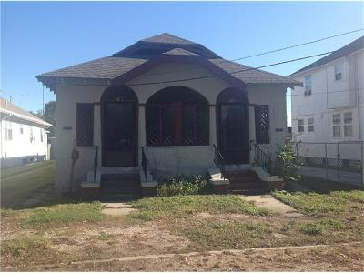 New Orleans Multi Family Home For Sale: 4129 Leonidas Street