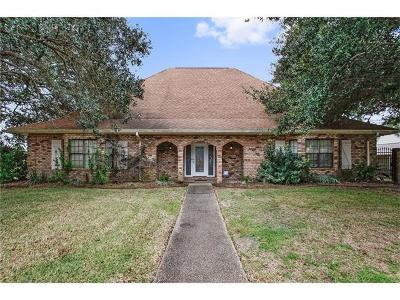 Harvey Single Family Home For Sale: 3632 Lake Providence Drive