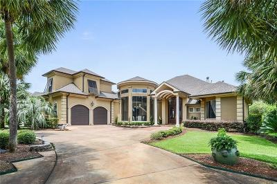 Single Family Home For Sale: 229 English Turn Drive