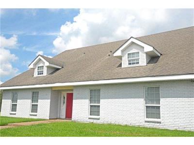 Mereaux, Meraux Single Family Home For Sale: 3200 Debouchel Boulevard