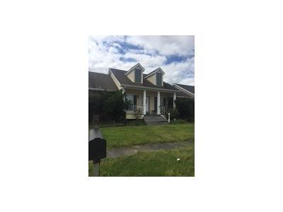 Destrehan Single Family Home For Sale: 206 Madewood Drive