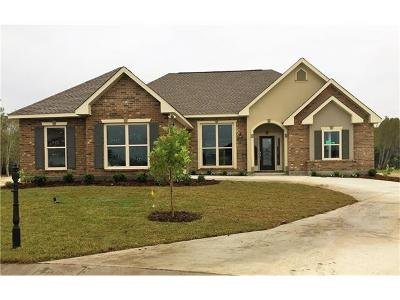 Marrero Single Family Home Pending Continue to Show: 2485 New Iberia Circle