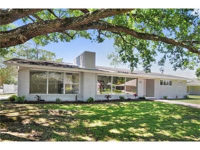 Gretna Single Family Home For Sale: 28 Smithway Drive