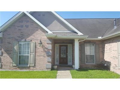 Marrero Single Family Home For Sale: 2596 Blue Heron Trace
