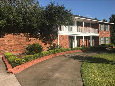 Kenner Single Family Home For Sale: 30 Chateau Palmer Drive