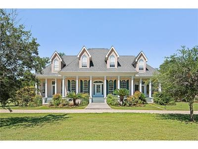 Slidell Single Family Home Pending Continue to Show: 190 Middle Pearl Drive
