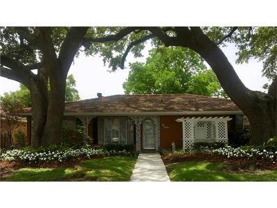 Harvey Single Family Home For Sale: 616 Fos Avenue