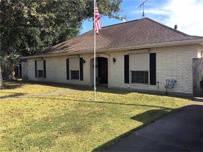 Marrero Single Family Home For Sale: 819 Avenue E Drive