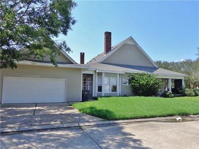 New Orleans Single Family Home For Sale: 57 Lakewood Estates Drive