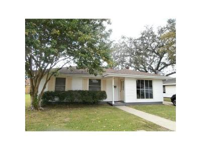 Gretna Single Family Home For Sale: 7 Tulip Drive