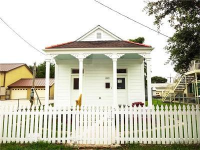 Westwego Single Family Home Pending Continue to Show: 263 Sala Avenue