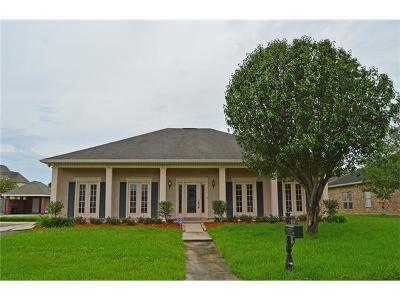 Harvey Single Family Home For Sale: 3809 Lake Catherine Drive