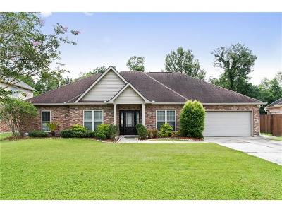 Destrehan, St. Rose Single Family Home For Sale: 312 Riverwood Drive
