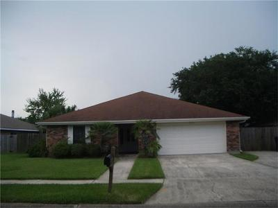 Kenner Single Family Home For Sale: 709 Vintage Drive