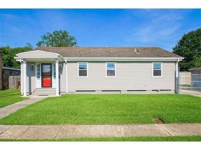 Jefferson Single Family Home For Sale: 6 Helen Avenue