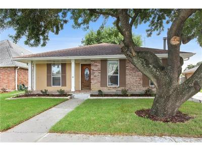 Kenner Single Family Home Pending Continue to Show: 4102 St Elizabeth Drive