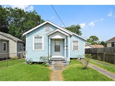 Harvey Single Family Home Pending Continue to Show: 429 Bellanger Street