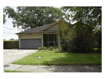 Westwego Single Family Home Pending Continue to Show: 101 Rusty Road