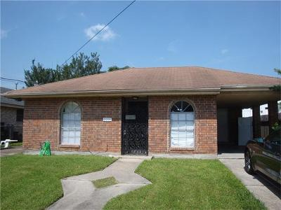 Elmwood, Harahan, Harahn, Jefferson, Kener, Kenner, Metairie, River Ridge Multi Family Home For Sale: 2216-18 Athania Parkway