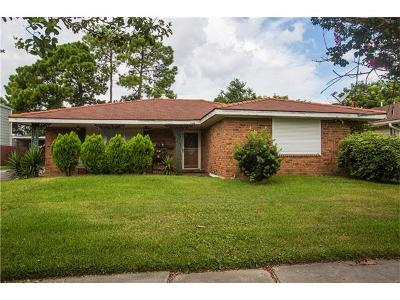 Metairie Multi Family Home Pending Continue to Show: 716 Rosa Avenue