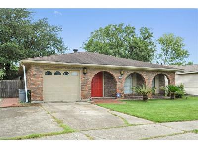 Gretna Single Family Home For Sale: 226 Vermillion Drive
