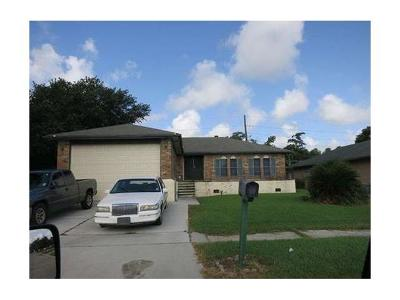Harvey Single Family Home Pending Continue to Show: 2232 Oakmere Drive