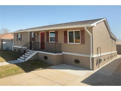 Marrero Single Family Home For Sale: 5833 Segnette Drive
