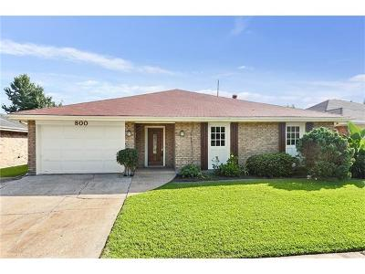 Kenner Single Family Home For Sale: 800 St Julien Drive