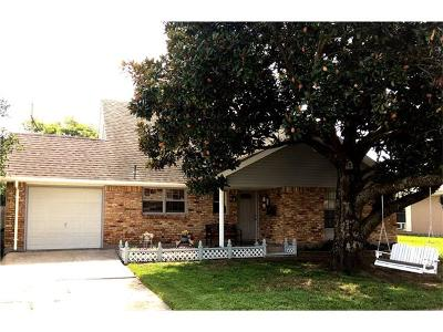 Gretna Single Family Home For Sale: 473 Brookmeade Drive