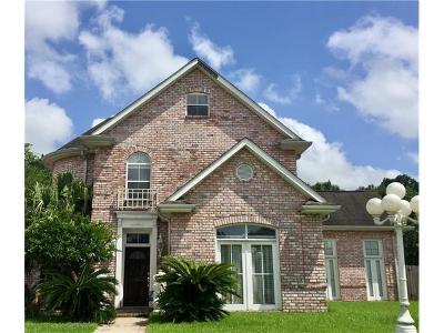 Harvey Single Family Home For Sale: 10 Cavendish Court