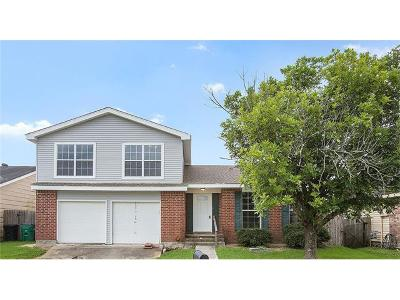 Harvey Single Family Home Pending Continue to Show: 3104 Touchwood Drive