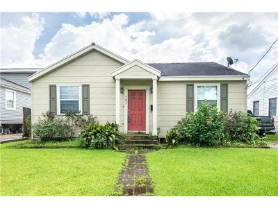 Elmwood, Harahan, Harahn, Jefferson, Kener, Kenner, Metairie, River Ridge Multi Family Home Pending Continue to Show: 701 Betz Avenue