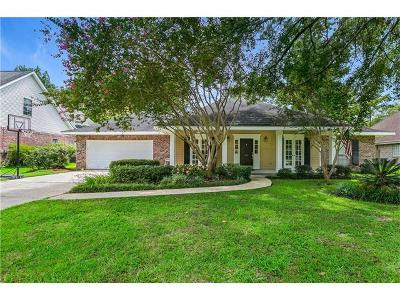 Single Family Home For Sale: 113 Madewood Drive
