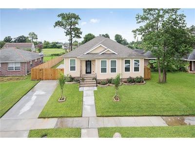 Arabi Single Family Home For Sale: 321 Livingston Avenue