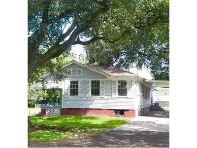 New Orleans Single Family Home For Sale: 2667 Robert E Lee Boulevard