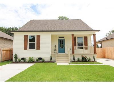 Single Family Home For Sale: 705 Zinnia Street