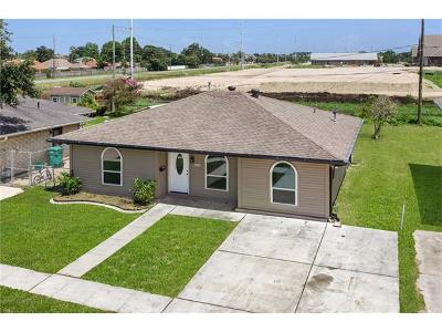 Kenner Single Family Home For Sale: 4244 W Loyola Drive