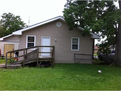Westwego Multi Family Home Pending Continue to Show: 1341 West Drive