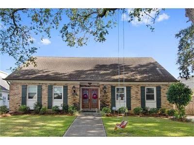 New Orleans Single Family Home For Sale: 127 Country Club Drive